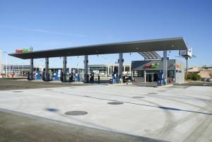 Nicht nur die Tankstellen-Marken sind im Ausland häufig anders, sondern auch die Kraftstoffbezeichnungen.