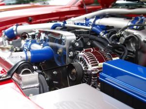 Motorschäden durch Tanken sind möglich wenn der Kraftstoff Verunreinigungen enthält oder die Oktanzahl auf dauer zu niedrig ist.