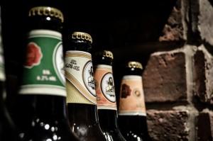 Die Bußgelder für Alkohol am Steuer sind in Dänemark hoch. Das Bußgeld beträgt Nettoeinkommen multipliziert mit Promillewert. Ab 2.0 Promille wird das Auto versteigert.