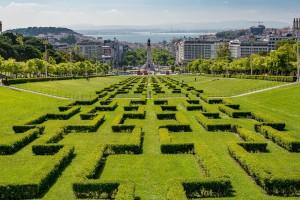 Lissabon hat viele Sehenwürdigkeiten zu bieten wie diese Gartenanlage.