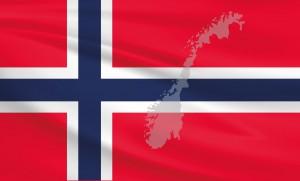 Die norwegische Flagge. Was man im Urlaub und beim Tanken in Norwegen beachten sollte.