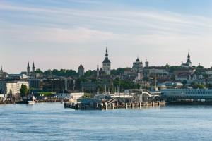 Tanken in Estland kann man in der Haupstadt Tallinn viele kulturelle Eindrücke.