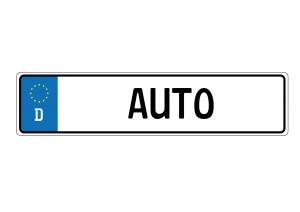 Deutsche Autokennzeichen verraten anhand des Unterscheidungszeichens woher es stammt. Es besteht aus bis zu 3 Buchstaben.