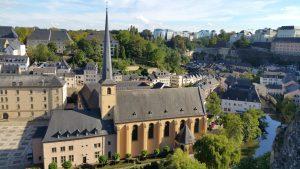 Luxemburg ist mit seinen Grenztankstellen für Tanktourismus sehr beliebt.