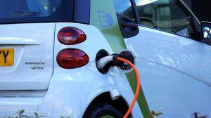 Es gibt Gründe die für und gegen das Elektroauto sprechen.