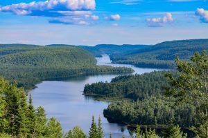 Kanada ist flächenmäßig das zweitgrößte Land der Welt nach Russland.