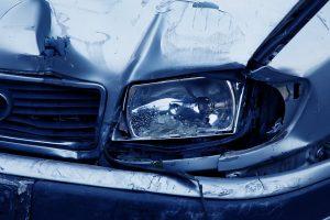 Wie man sich bei einem Unfall im Ausland korrekt verhält.